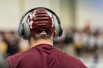 texas-am-men-swimming-2018-sec-championships-cap-behind