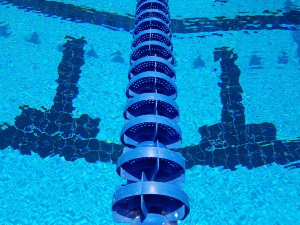 lane-line-underwater-T-pool-generic-denver-swimming-&-diving