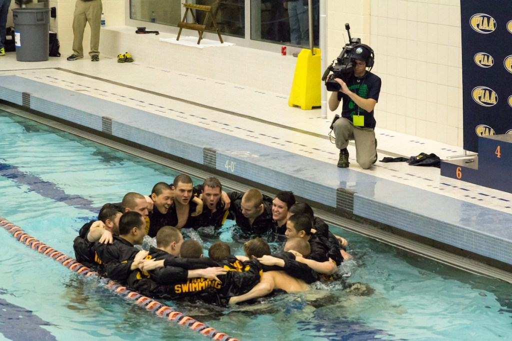 north-allegheny-team-celebrating-at-state-champs