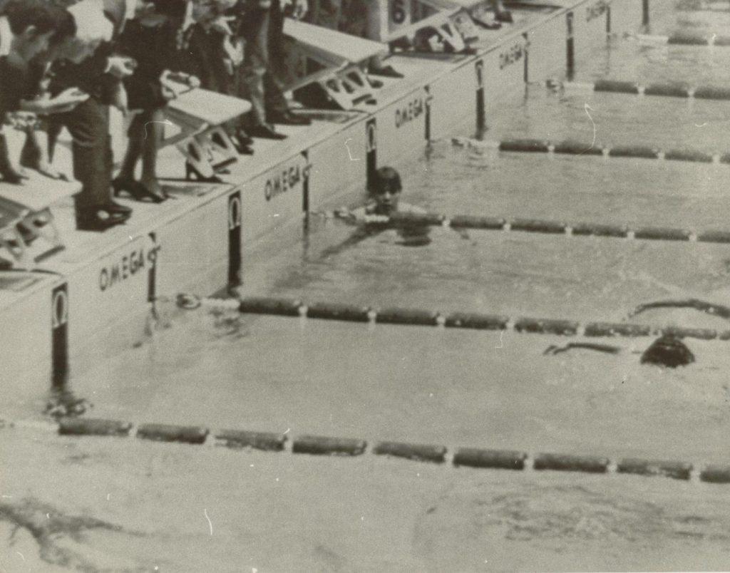 debbie-meyer-800-1968-finish