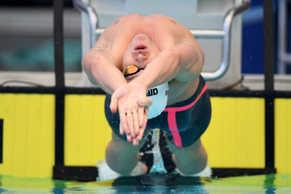 mitch-larkin-backstroke-start