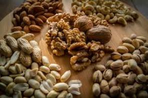 walnuts-and-almonds