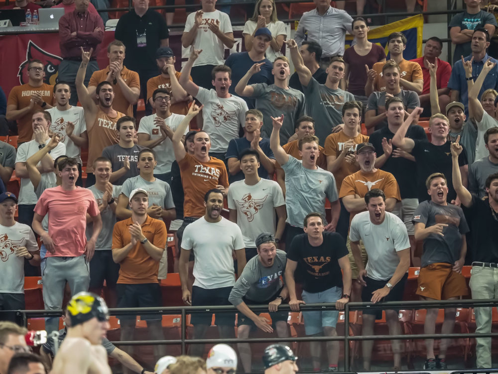 texas-fans-cheering, men's ncaa swimming