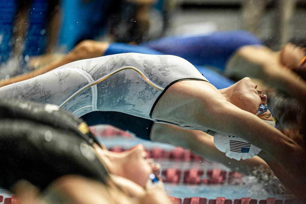 olivia-smoliga-50-back-prelims-world-championships-2019-5