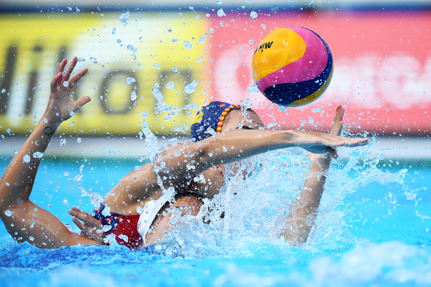 Spain Wins 2020 European Women's Water Polo Championship; Men Play for Double Gold Sunday versus Hungary