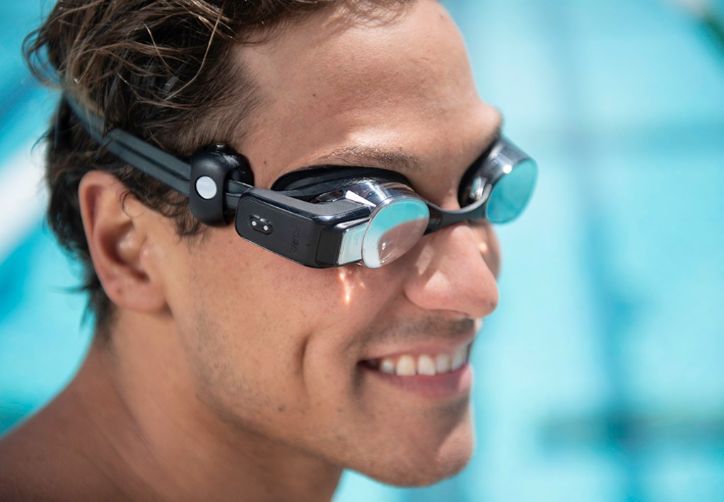 FORM-swim-goggles-and-OH1_2-heart-rate-monitor