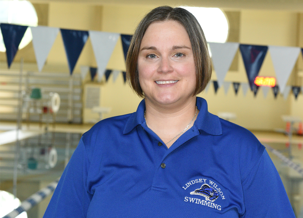 Swimming World September 2019 Q&A (Alicia Kemnitz) by Lindsey Wilson College Sports Information 1000x720
