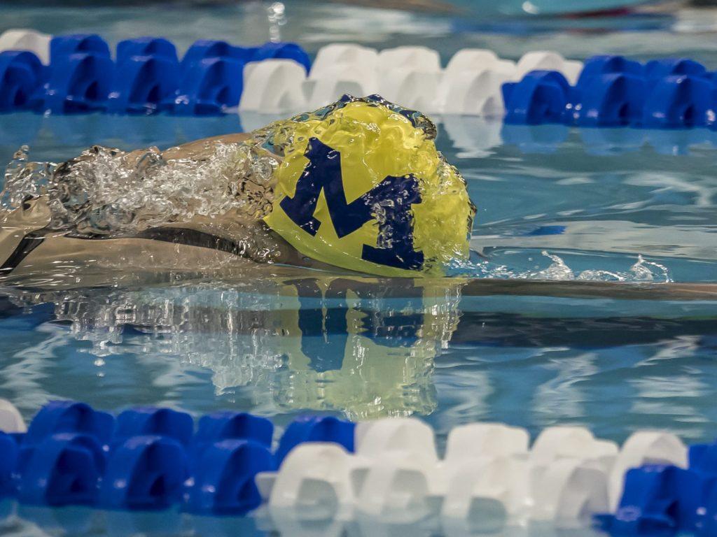 siobhan-haughey-michigan-swimming
