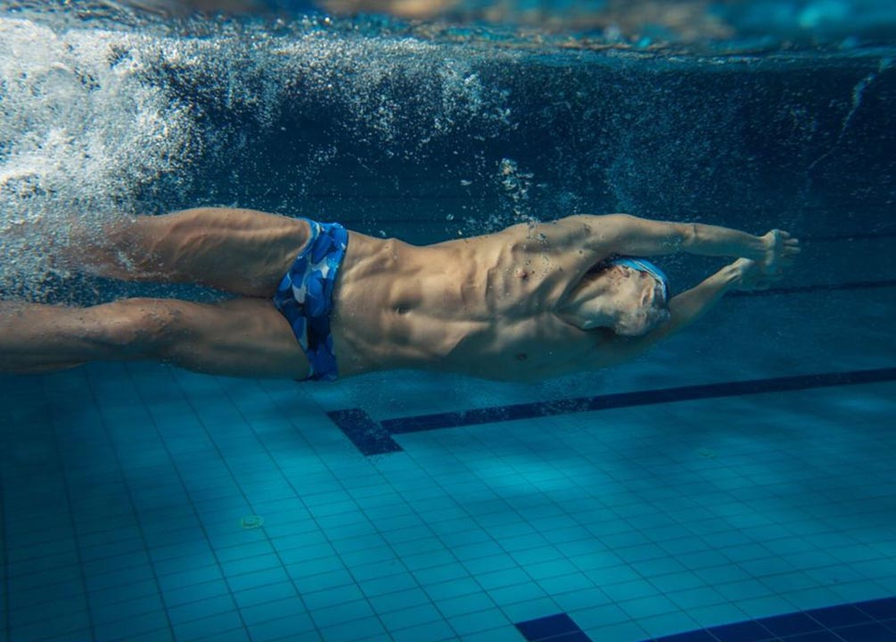 tips to increase your stamina while swimming-goggles-n-more