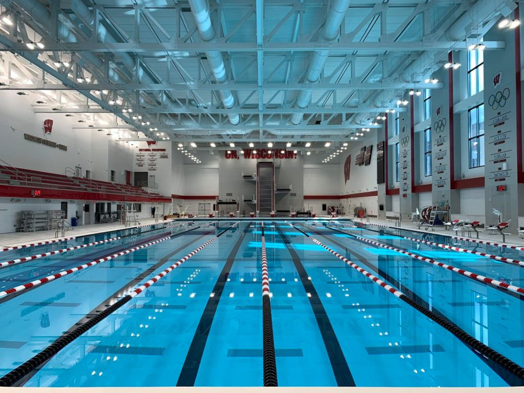 wisconsin-swimming-diving