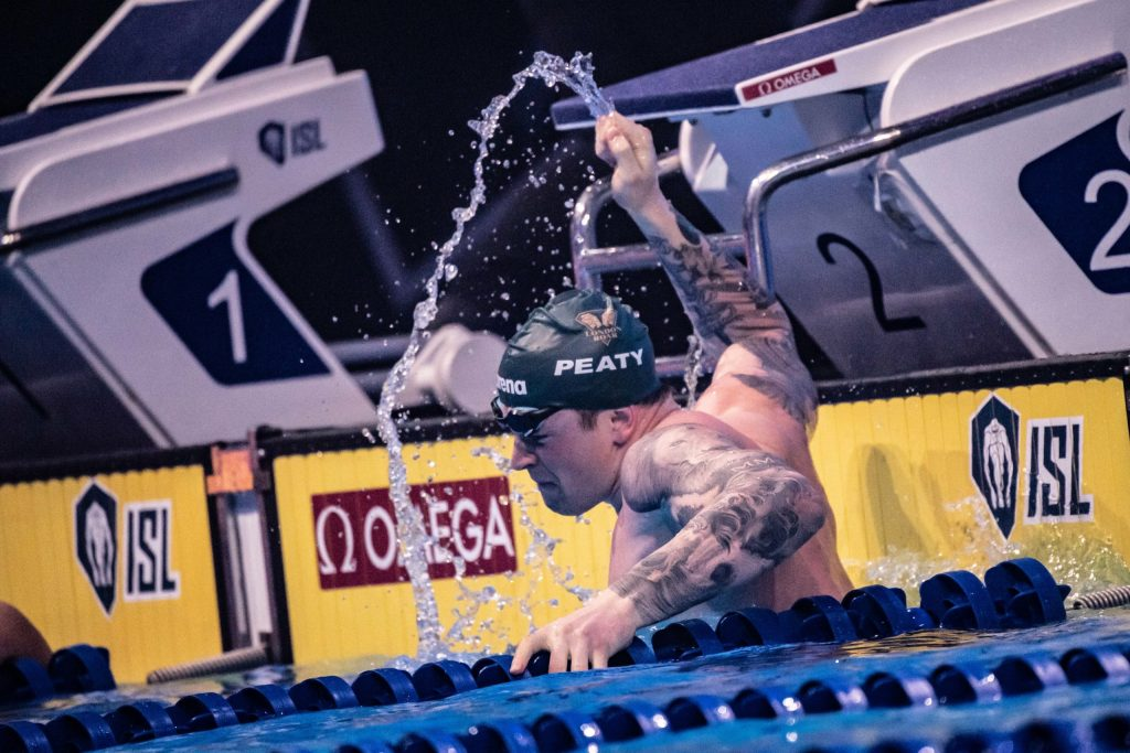 Adam Peaty sets world record 100 breaststroke ISL final Budapest, Hungary (photo: Mike Lewis)