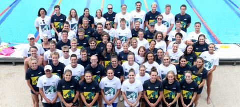 swimming-australia-relay-team-arena