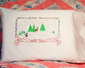 Painting a snow pillowcase on Christmas
