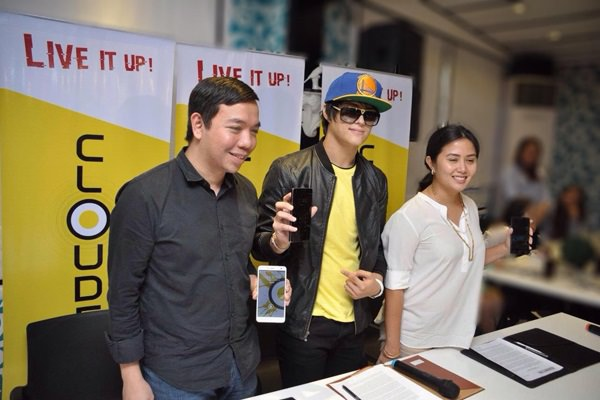 L-R: Cloudfone Head of Sales Niño Mendoza, Enrique Gil, Cloudfone Marketing Manager Celine Buendia