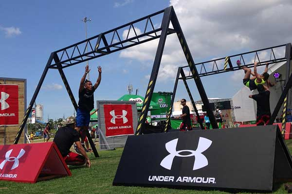 The MILO NUTRI UP FITCON also hosted Under Armour's Rule Yourself Challenge. This challenge subjected participants to different callisthenic exercises that will test their strength, endurance, and determination.