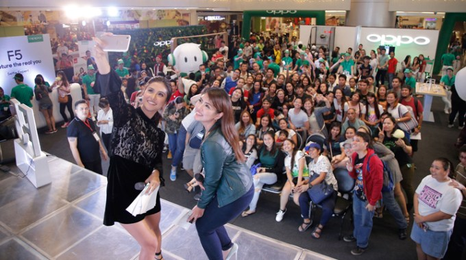 OPPO SM Megamall with Sanya Lopez.