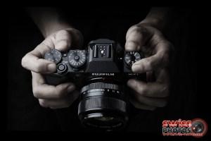 Fujifilm-X-T1-Hands