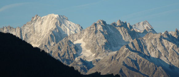 New snow across the valley from Verbier