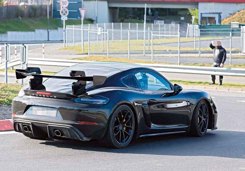 Porsche Cayman GT4 RS: più di 450cv in uscita nel 2021