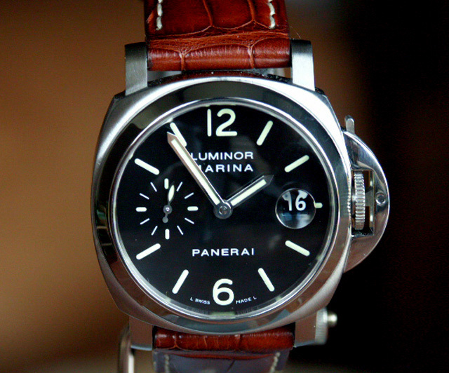 Panerai Watches Pam 48 Sapphire Glass Deployment Buckle