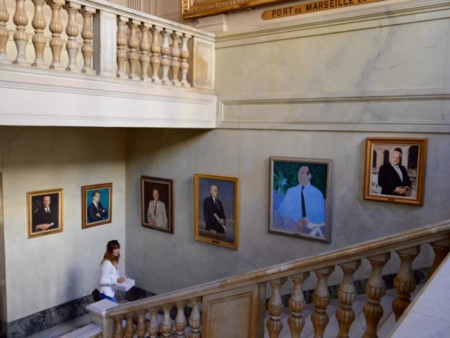 Celebrating Heritage Days in Marseille, France: Chambre de commerce, presidents portraits