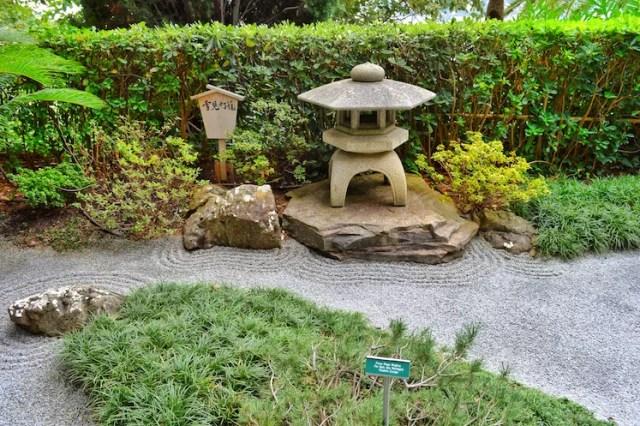 Japanese garden and stone ripples, Rothschild Villa, Nice, France