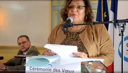 Aline Hanson, Présidente du Conseil territorial et, en arrière plan, Philippe Chopin, Préfet délégué de Saint-Martin et Saint Barthélemy