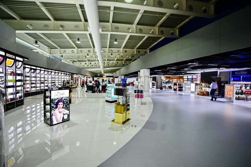 A view of the renovated Commercial area in the Departure Hall. (SXM photo)