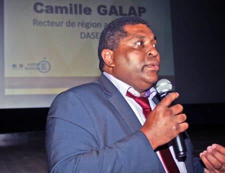 « Dans certaines classes, les CP, CE1, CE2, il était important qu'on ait deux enseignants avec des pédagogies un peu différentiées et qui font le travail pour pouvoir étayer, conforter, les fondamentaux pour ces élèves », Camille Galap, recteur d'Académie de Guadeloupe.