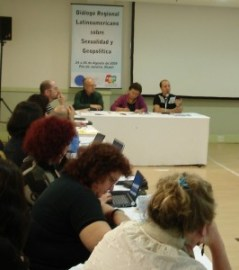 Behind the table: Luiz Antonio Cunha, Gloria Careaga, Juan Marco Vaggione