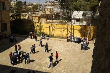 مدرسة في حلب