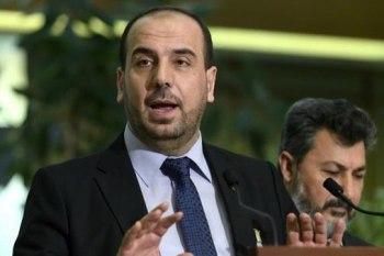 """رئيس """"هيئة التفاوض السورية"""" المنبثقة عن مؤتمر الرياض 2 """"نصر الحريري"""""""
