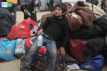 الدفعة الثانية والأخيرة من مهجّري حرستا تصل الشمال السوري