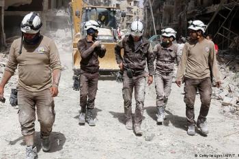 """""""آفاز"""" تطلق حملة تبرعات لدعم فريق الخوذ البيضاء في سوريا"""