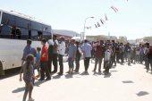 عشرات العائلات تغادر مراكز الإقامة المؤقتة وتتجه إلى الغوطة الشرقية