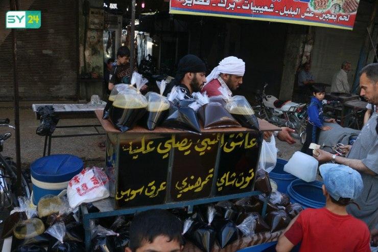 عدسة SY24 ترصد الأجواء الرمضانية في مدينة معرة النعمان بريف إدلب