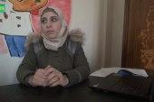 براءة عرار.. من معتقلة إلى مدربة في الرسم والدعم النفسي للأطفال في درعا