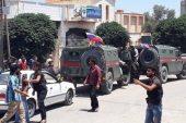 الشرطة الروسية تهين عنصر من مخابرات النظام في درعا