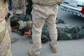 """وصفهم بـ """"المسلمين"""".. جندي روسي يبرح عناصر جيش النظام ضرباً في جرمانا"""