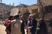 المبعوث الأممي إلى سوريا يزور حمص ويتجاهل من دمرها!