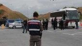الهجرة التركية توجه تحذيراً للسوريين وتهدد المخالفين بإلغاء بطاقة الحماية