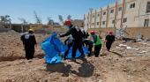 انتشال 16 جثة جديدة من مقبرة جماعية في مدينة الرقة