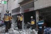 في يوم واحد.. طائرات روسيا والنظام قصفت إدلب بعشرات الصواريخ والبراميل المتفجرة