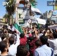 مظاهرة سلمية في ساحة الساعة وسط محافظة إدلب تطالب بالحرية وإسقاط النظام