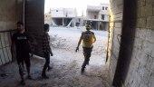صواريخ النظام تقتل طفلا وتصيب مدنيين في إدلب