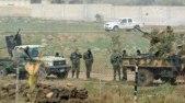 طائرة روسية تستهدف تجمعاً لجيش النظام في محيط إدلب وتوقع قتلى وجرحى