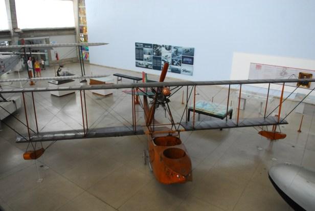 Eines der ersten Wasserflugzeuge