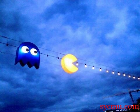 Pac-Man on the wire