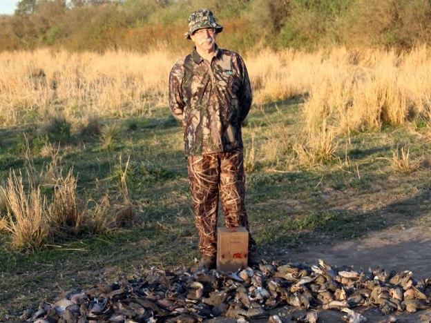 Australian dove hunters in Argentina