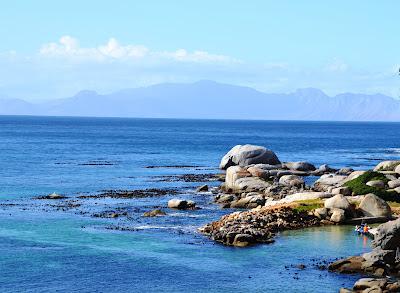 boulders-at-Black-Marlin